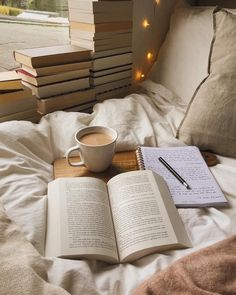 The Everygirl's 2018 Bucket List - Book and Coffee I Love Books, Good Books, Books To Read, Free Books, Amazing Books, My Books, Beige Aesthetic, Book Aesthetic, Aesthetic Bedroom