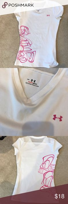Under Amour Running Short Sleeve White and pink under amour short sleeve t-shirt. Great for running and keeps you cool. It's in great condition! Under Armour Tops Tees - Short Sleeve