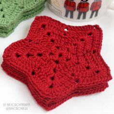 Для уютного чаепития долгими зимними вечерами...☕🍩 #подставкиподчашки #подставкиподгорячее #подставки #вяжукрючком #люблювязать… Crochet Top, Tops, Women, Fashion, Moda, Women's, La Mode, Shell Tops, Fasion
