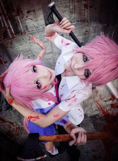 Cos-Play - with a bit too much gore for my liking.  But well, it's obviously simulated blood, and who can possibly resist Pink Hair...  - Mirai & Nikki, Characters: Yuno Gasai