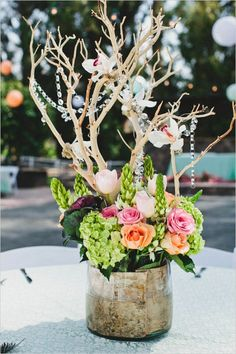 rustic centerpiece ideas with manzanita branches see more of this rustic chic wedding http://www.weddingchicks.com/2013/08/16/rustic-chic-wedding-2/