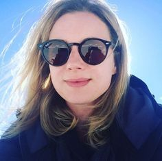 Round Sunglasses, Sunglasses Women, Emily Vancamp, Face Claims, Beautiful Women, Faces, Round Frame Sunglasses, Beauty Women, The Face