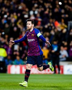 FC Barcelona (from 🏠) ( Lional Messi, Messi And Ronaldo, Fc Barcelona Players, Lionel Messi Barcelona, Free Kick, League Gaming, Uefa Champions League, Football Fans, Soccer Players