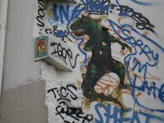 Space Invader Paris 12eme by tofz4u, via Flickr