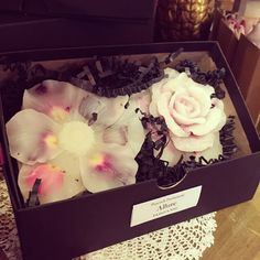 Blog   GLOBE ANTIQUES ザ・グローブ - 英国アンティーク家具/ボタニカル・ワックス/キャンドルではなく、ルームフレグランス代わりに、置いて香りを楽しむもの