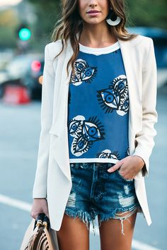 Denim shorts + printed top + white blazer