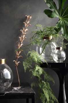 Loose Arrangements - 10 Trends To Steal From H&M Home's Fall Lookbook - Photos
