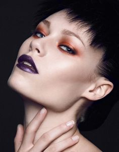 bronze and eggplant editorial beauty by christine lewis, via Behance Goth Makeup, Beauty Makeup, Hair Makeup, Alien Makeup, Fashion Editorial Makeup, Beauty Editorial, Couture Makeup, Special Makeup, Best Makeup Artist