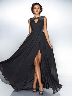 Vestido - preto Festa Formal/Baile Militar Linha-A/Princesa Jóia Sweep / Brush Train Chiffon/Lantejoulas Tamanhos Grandes - USD $99.99