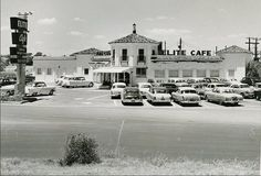 The historic Elite Cafe near the Baylor campus, c. 1950s.
