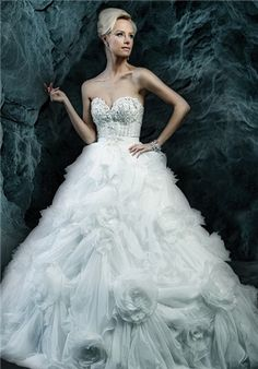 Dimitra&39s Bridal Couture Ysa Makino designer wedding dresses ...