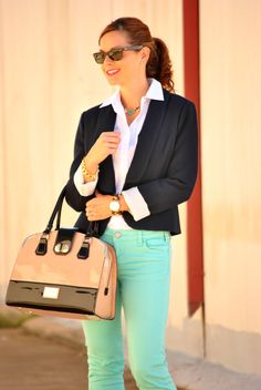Business casual outfit - navy blazer, mint jeans, white blouse and leopard heels. http://getyourprettyon.com/i-feel-pretty-in-jeans-and-a-blazer-for-work/