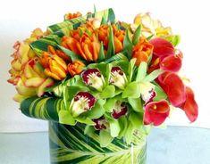 Creative and beautiful box flower arrangement home decor ideas 48