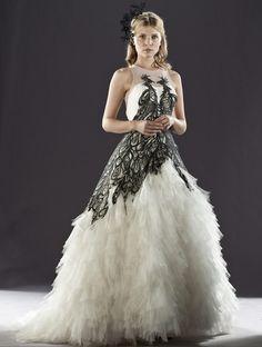 Fleur Delacour's wedding dress. Gorgeous!