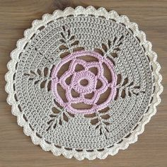 Studio 92 Designs: Doily