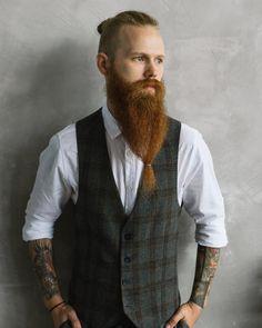 "257 mentions J'aime, 8 commentaires - ⚔ ΒΣΛЯDΣD VILLΛΙИS ΣUЯOPΣ ⚔ (@beardedvillains_europe) sur Instagram : ""⚔ BΣLΔЯUSSIΔN BΣΔЯÐS ⚔ This is @sakolov.s of @beardedvillainsbelarus Salute bro @von_knox…"" Great Beards, Awesome Beards, Mens Dress Outfits, Men Dress, Beard No Mustache, Moustache, Long Beards, Epic Beard, Beard Lover"