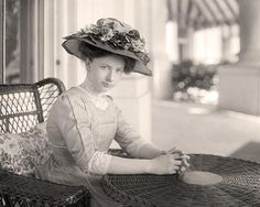 """Helen """"Nellie"""" Taft - William Howard Taft's wife was the FIRST first lady to own and drive a car, to ride in her husband's inaugural parade, to support women's suffrage, to publish her memoirs, to smoke cigarettes, and successfully lobby for safety standards in federal workplaces"""