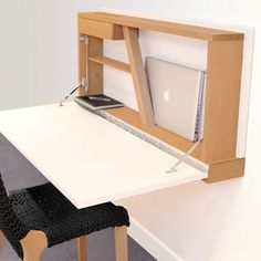 RWA wall desk by Wa.Be- Bureau mural RWA de Wa.Be Integrated storage: 20 small space-saving desks – Journal des Femmes - Diy Wood Desk, Wooden Desk, Diy Desk, Small Space Office, Small Spaces, Pinterest Desk, Space Saving Furniture, Diy Furniture, Wall Desk