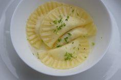 Ein einfaches Rezept für glutenfreie Ravioli mit einer Ricotta-Parmaschinken Füllung und viele weitere glutenfreie Rezepte gibt es auf www.gluten-frei.net