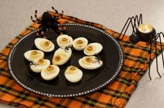 Halloween Recipes: Deviled Eyeballs (Eggs) #recipe #holiday #halloween #fun #eggs #snack