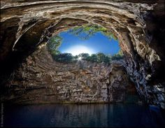 Cueva Melissani en Cefalonia, Grecia