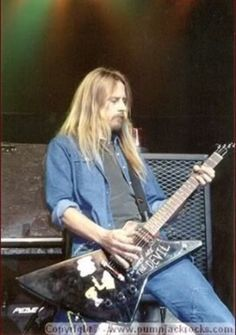 1000+ images about Jerry Cantrell on Pinterest   Jerry ...