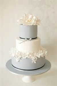 Jennifer Lynn Events: Daily Wedding Inspiration: Yummy Wedding Cake