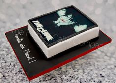The Cure decorated cake Gâteau The Cure