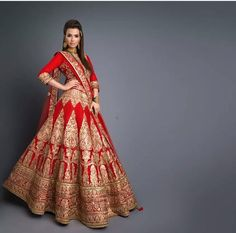 The latest collection of Bridal Lehenga designs online on Happyshappy! Find over 2000 Indian bridal lehengas and save your favourite once. Wedding Lehnga, Indian Bridal Lehenga, Indian Bridal Wear, Indian Wedding Outfits, Bridal Outfits, Indian Outfits, Bridal Dresses, Bridesmaid Dresses, Indian Weddings