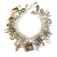 WALKING DEAD Jewelry, Zombie Jewelry, Zombie Hunter, Charm Bracelet,... (120 BRL) ❤ liked on Polyvore featuring jewelry, bracelets, walking dead, charm bracelet, horse charm bracelet, bullet charm, skull charm bracelet and skull charms