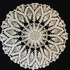 "Vintage Crocheted Doily Butter Yellow Pineapple Large 20"" Very Nice"