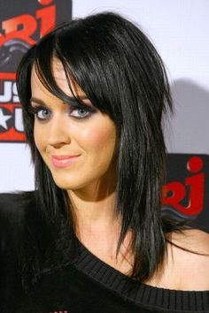 Katy Perry hair-this is how Alicia wants her hair cut...hmmm