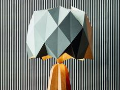 Réalisez une belle lampe dotée d'un abat-jour en origami !