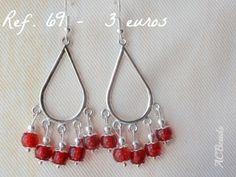 Chandelier earrings with red glass beads // Brincos com contas de vidro vermelhas