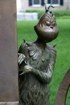 Dr, Seuss sculpture garden The Grinch