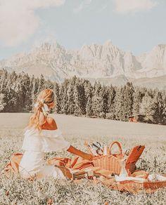 Peach Aesthetic, Summer Aesthetic, Travel Aesthetic, Aesthetic Collage, Aesthetic Photo, Aesthetic Pictures, Nature Aesthetic, Aesthetic Backgrounds, Aesthetic Iphone Wallpaper