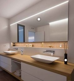 Casa March - Reforma total - -Casa March - Reforma total - - interacting to help in kitchen and bathroom design consultations. I wanted to work full time, but the opportunity never . Bad Inspiration, Bathroom Inspiration, Modern Bathroom Design, Bathroom Interior Design, Interior Modern, Small Bathroom, Master Bathroom, Bathroom Ideas, Bathroom Photos
