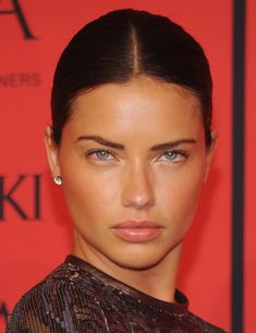 32 years old Adriana Lima immaculately beautiful <3 CFDA Fashion Awards June 3rd 2013