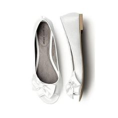 Dessy Darling Bridal Shoes White , http://www.amazon.com/dp/B007V5AI1I/ref=cm_sw_r_pi_dp_Ah1zqb1J77RDC