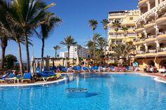 'Pool und Palmen' aus dem Reiseblog 'Über Weihnachten auf den Kanaren: Urlaub im Dorado Beach auf Gran Canaria'