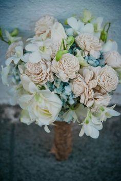 this bouquet is gorgeous!!    Photography By / http://davinaplusdaniel.com, Floral Design   Decor By / http://escenica.com.gt