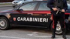 Caivano, vendeva droga attraverso feritoia del portone: arrestato dai carabinieri - http://retenews24.it/vendeva-droga-stabile-uid-64-2/