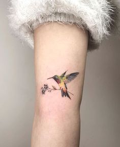 60 Girly Tattoos That Are The Epitome of Perfection - Straight Blasted Girly Tattoos, Small Girl Tattoos, Little Tattoos, Tattoos For Women Small, Unique Tattoos, Tattoo Small, Arm Tattoo, Flor Tattoo, Wrist Tattoos