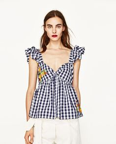 8e395e6dff4 Image 2 of GINGHAM EMBROIDERED TOP from Zara Casual Outfits