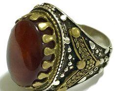 YemeniAqeeqShop on Etsy Black Opal Stone, Cuff Bracelets, Gemstone Rings, Fox, Gemstones, Trending Outfits, Unique Jewelry, Handmade Gifts, Etsy