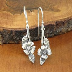 Earrings by Lyndsay Burr Jewelry -- silver dogwood branch earrings -- too cute! Metal Clay Jewelry, Jewelry Art, Jewelry Design, Women Jewelry, Jewelry Accessories, Jewelry Necklaces, Stylish Jewelry, Best Jewelry Stores, Schmuck Design
