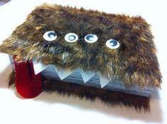 Harry Potter Valentine Box! Find more creative ideas on Design Dazzle.