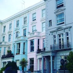 """Love the facade on terrace houses! My sister didn't believe me when I told her that the brightly-colored rows in San Francisco were called """"painted ladies"""". Notting Hill London, Pink Houses, Colorful Houses, London Calling, Woman Painting, Photos, Pictures, London England, House Colors"""