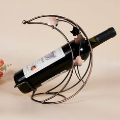 Recommended wine rack metal wire technology Wine frame Halfmoon fashion Home Furnishing wine decorations