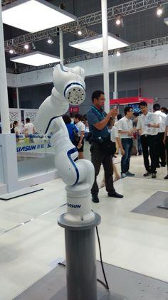 Robot Arm, Robot Design, Artificial Intelligence, Drones, Robots, Product Design, 3d Printing, Gifs, Technology